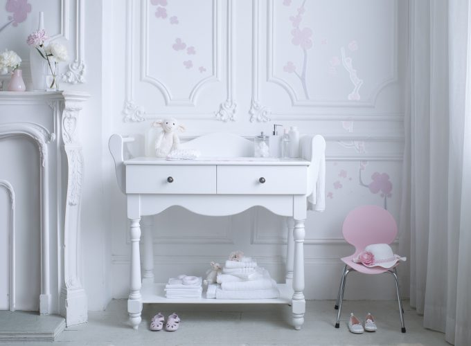 What to Look For When Buying a Baby Dresser